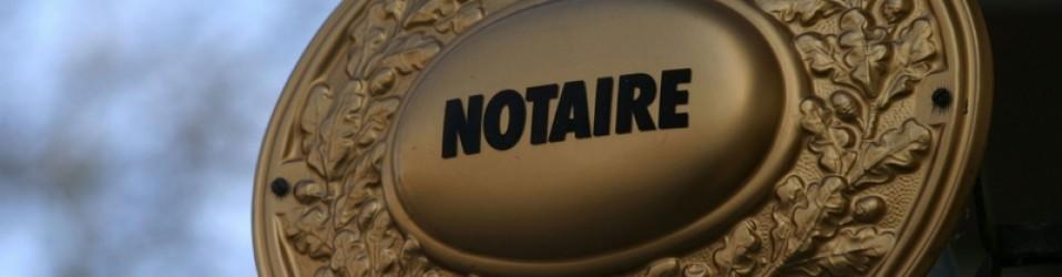 Verwaltung, Finanzen und Politik: Notar